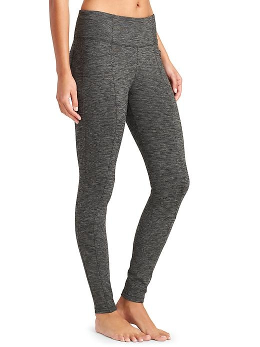 The yoga-pant-comfy METRO style made to give your jeans a day off with handy pockets, sweet seam lines and super stretchy fabric that supports your love of adventure.
