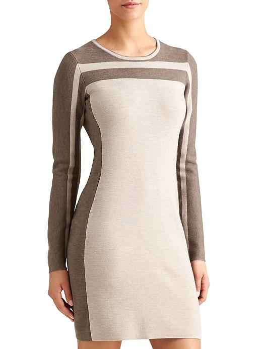 Smooth and sleek, this ski sweater-inspired dress is made from performance Merino wool with Regul8 technology.
