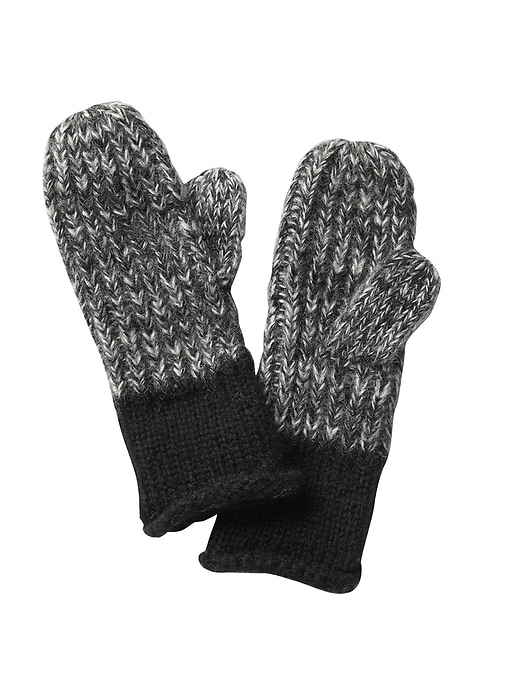 Nothing keeps you warmer than these soft-to-the-touch wool blend mittens.
