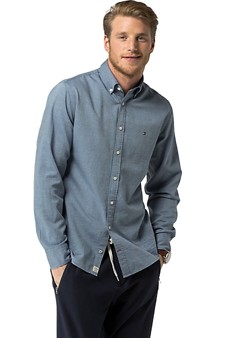 Tommy Hilfiger Men's Shirt. Styled From Lightweight Brushed Cotton, Our Flannel Shirt Is Modernized By A Slimmer Cut And Solid Hue. New York Fit (Our Slim Silhouette, Cut Sleek Through The Chest And Shoulders).100% Cotton. Button-Down Collar. Machine Washable. Imported.