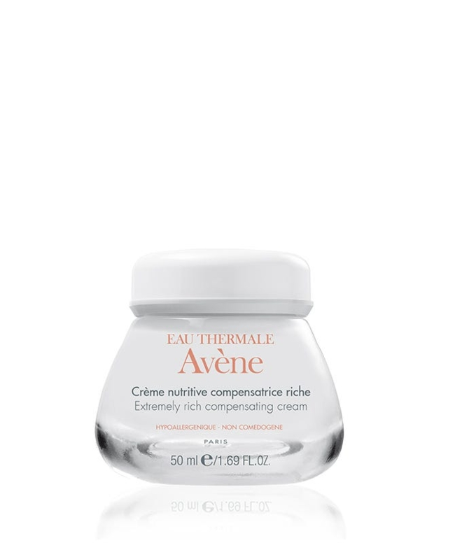 Extremely rich restorative moisturizing cream nourishes hydrates the skin and prevents moisture loss while providing powerful anti-oxidant protection.