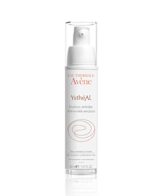 This light and fast absorbing lotion visibly reduces early signs of aging with a patented combination of ingredients that diminish the appearance of fine lines and wrinkles.
