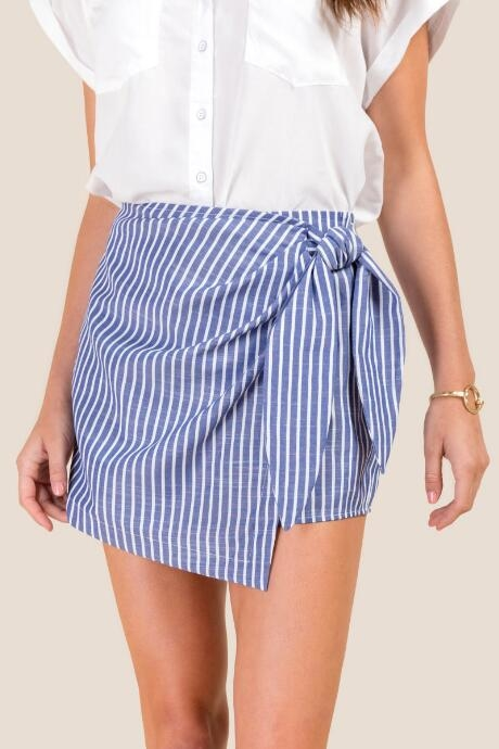 The Winona Wrap Front Chambray Skort features stripes.