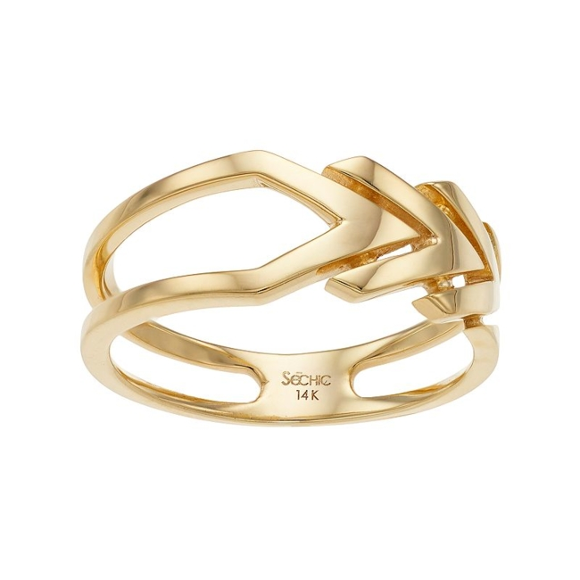 Display your modern sense of style with this 14k gold chevron ring. Ring Details Width: 7.4 mm Metal: 14k gold Packaging: boxed Color: Yellow. Gender: Female. Age Group: Adult.