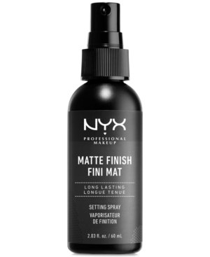 Demand perfection! For that fresh makeup look that lasts, Nyx Professional Makeup Makeup Setting Sprays are lightweight and comfortable while working hard to make sure your makeup stays put. Available in a gorgeous Matte Shine-Free Finish or a Dewy Fresh Glow.