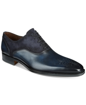 Freshen up your contemporary style with the sleek mixed-media design of Massimo Emporio's classic Oxfords.